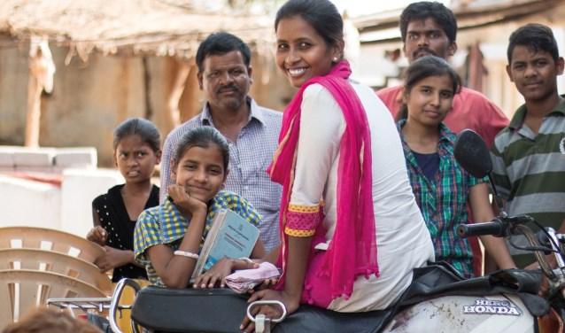 Bij de voorjaarsmarkt wordt geld ingezameld voor onderwijs in Nigeria, Pakistan en India. Foto: JBGG.