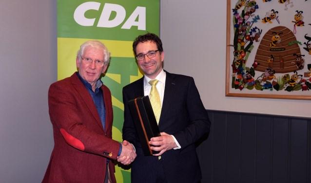 Frank Bongers (r) is de nieuwe voorzitter van het CDA in Rhenen.