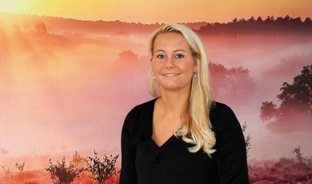 Ilse Pluim is de trotse eigenaar van Pluim Zorg Vierhouten en gaat enthousiast aan de slag met dagbesteding, toeristische informatie en een cadeauwinkel. Foto Dick Baas