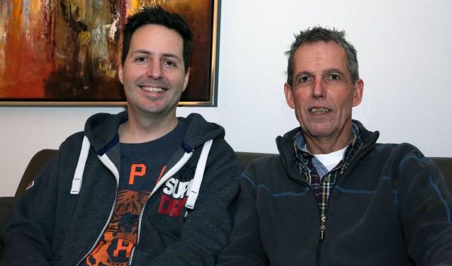 Neef van Toine, Rob Wintermans (links), zorgde voor een live Skype-verbinding met SamenLoop voor Hoop 2015, tijdens het verblijf van Toine van der Looij in het MMC Veldhoven. FOTO: Theo van Sambeek.