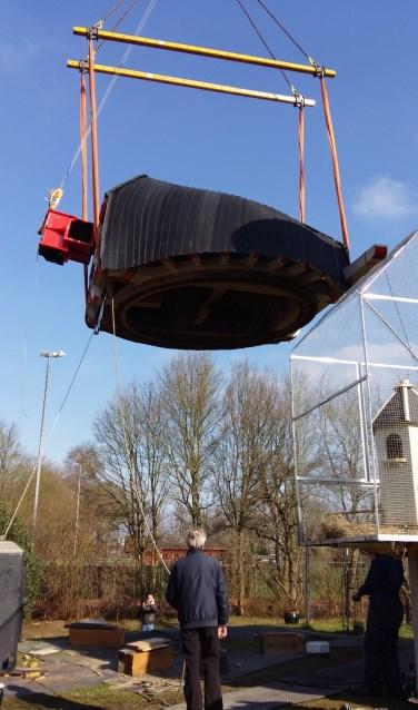 Afgelopen vrijdag kreeg molen Landzicht een nieuwe kap.