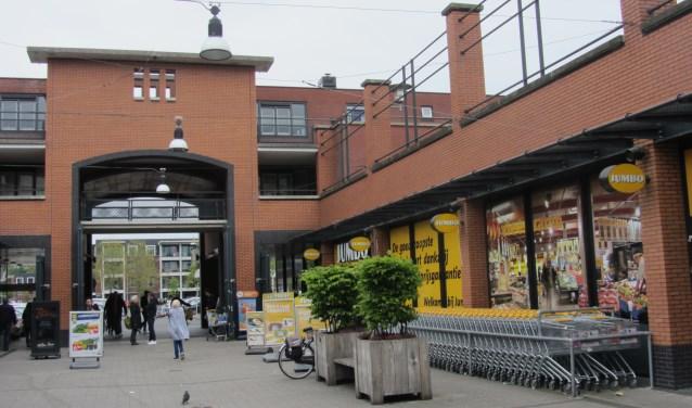 Winkelcentrum De Schoof is al geruime tijd onderwerp van gesprek in Ambacht.