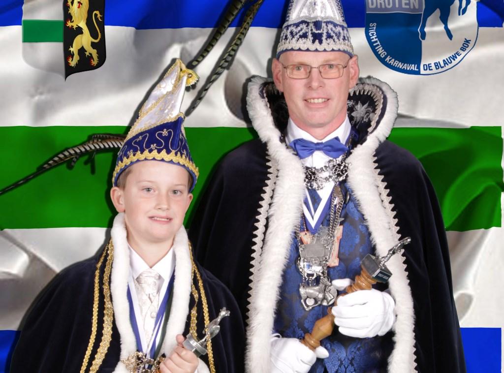Jeugdprins Job d'n Urste en Prins Erik d'n Twidde. (Foto Stan v/d Hurk)