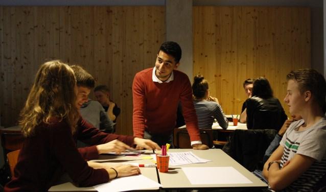 Leerlingen uit 5 en 6 vwo kunnen vrijdag 16 maart van start gaan met twee zogeheten 'blended learning masterclasses' Ondernemerschapen Kwantummechanica aan deUniversiteit Twente.
