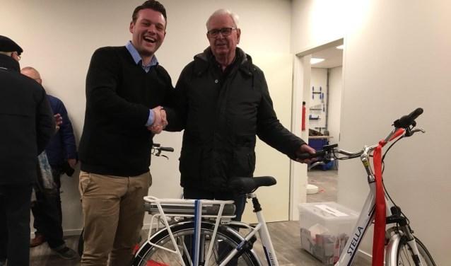 stella e bike testcenter officieel geopend in doetinchem. Black Bedroom Furniture Sets. Home Design Ideas