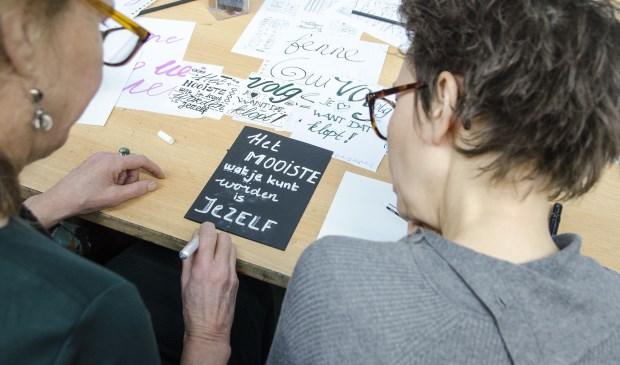 Kunstencentrum Waalwijk start binnenkort met een cursus 'handlettering'.