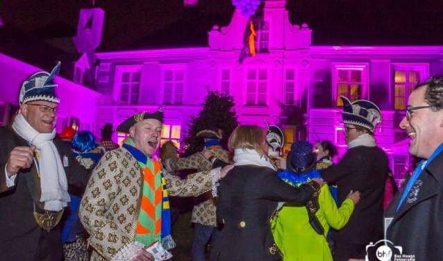 Op vrijdag 9 februari wordt carnaval in Oirschot officieel gestart met 't Skôn Hofkesbal.