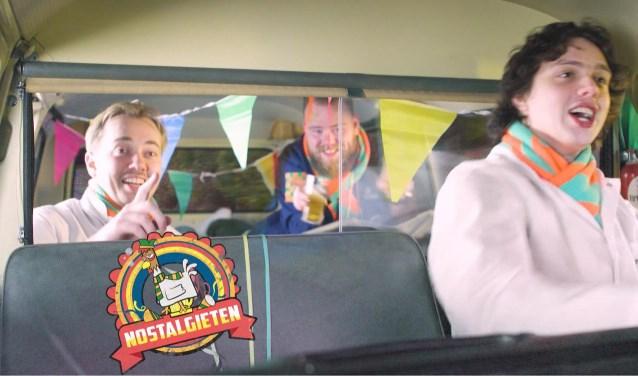 De Tilburgse Maarten, Johannes en Luke willen meer carnavalsmuziek tijdens carnaval.