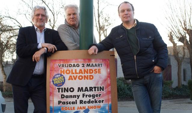 Frans van Petegem, René den Daas en Eric Jan Hagoort zijn druk met de organisatie van het feest dat Linschotens Belang op vrijdag 2 en zaterdag 3 maart organiseert in Sporthal de Vaart.