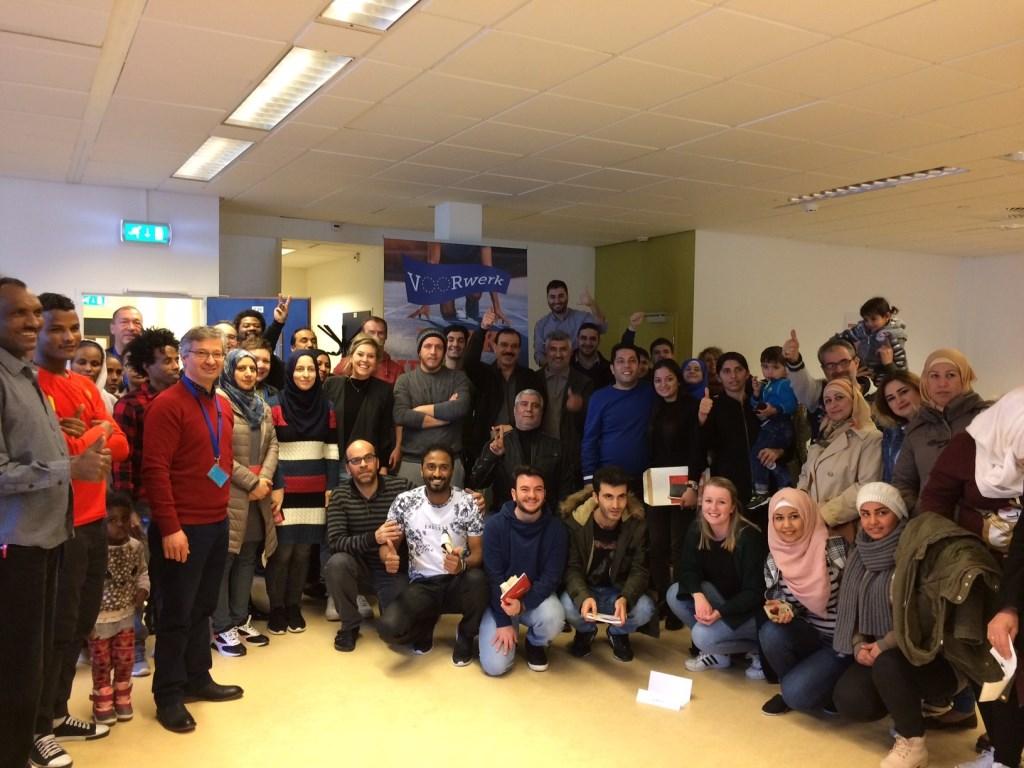 Vergunninghouders en werkgevers in het azc Stieltjesstraat Nijmegen Foto: COA © Persgroep