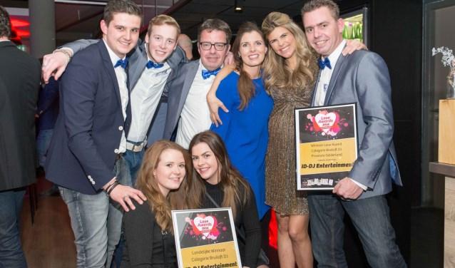 ID-DJ Entertainment met Love Award beste bruiloft DJ van Nederland & beste bruiloft DJ van Gelderland