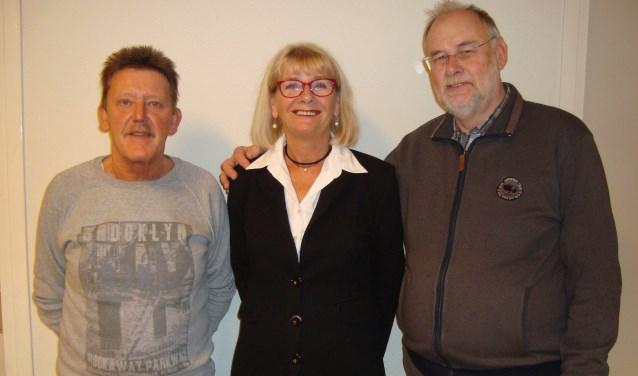 Van links naar rechts: bestuursleden Paul van den Heuvel, Dicky Versteeg en Bas Bor. (Foto: Eline Lohman)