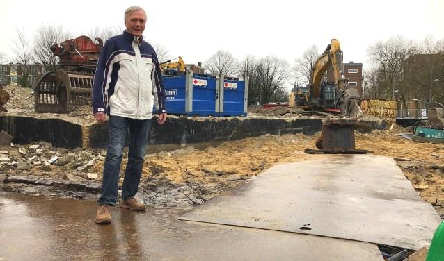'Met het afbrokkelen van de muren van de Larenkamp, is ook de saamhorigheid ingestort.'