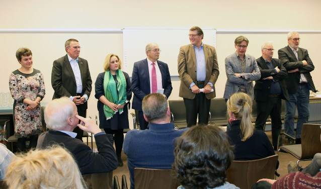 Liefst acht partijen strijden de komende weken om de gunst van de kiezer in Heeze-Leende. Foto: Theo van Sambeek