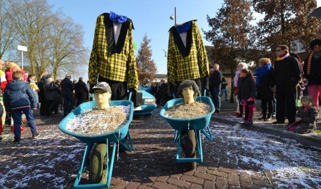Op het Raadhuisplein in Drunen gaat zondag om 13.00 uur de jaarlijkse carnavalsoptocht van start. Foto: Drunen4you