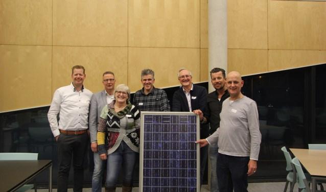 De juryleden (van links naar rechts): Wilco Smit, Theo Tolsma, Maria Stel, Martin Jansen, Volkert-Jan Hage, Andrew Heerink, Henk van den Bosch