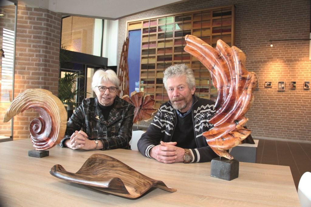 Ida van der Meulen en Will Schropp, de aanjagers van kunstactiviteiten in de gemeente Duiven.