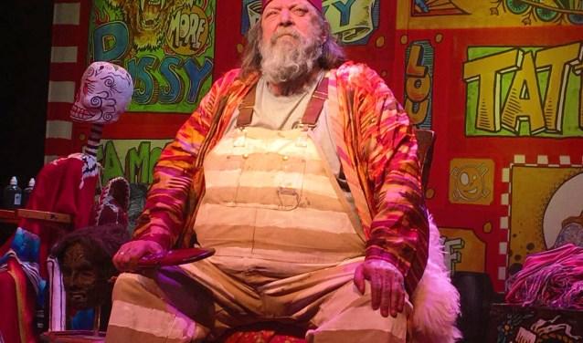 Henk Schiffmacher vertelt zijn kleurrijke levensverhaal in het theater.