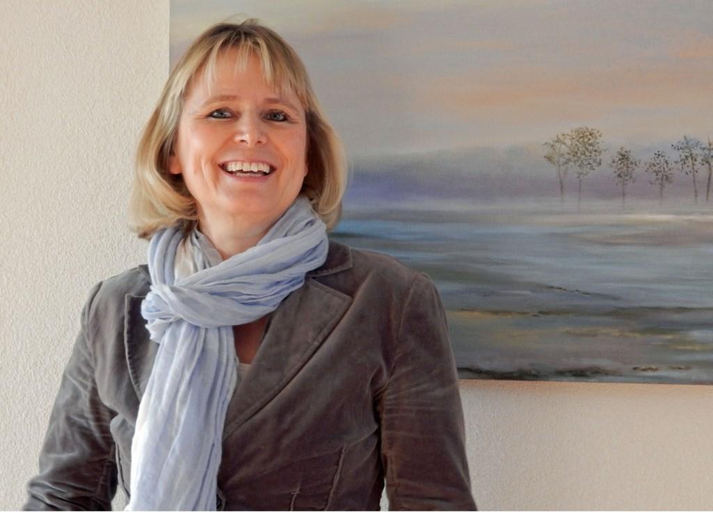 Stella exposeert enkel van haar schilderen in februari in Het Binnenbos. FOTO: Asta Diepen Stöpler