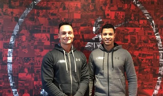Vincent Voormanss (l) en Samir Bayouni zijn de nieuwe eigenaren van Snap Fitness 24/7 Den Bosch.