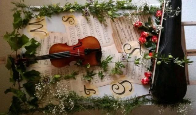 De elementen uitgebeeld in woord, beeld en muziek. Dichter bij Muziek brengt op 23 februari een avond rondom dit thema, in de foyer van het Diekhuus. FOTO: Miranda Scholts