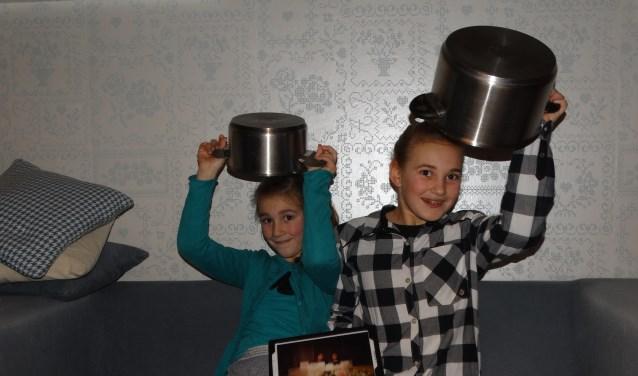 Elke dag hielden Geertje en Janne hun volgers op de hoogte door een vlog. (Foto: Privé)