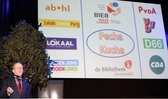 Burgemeester Verhoeven bijt het spits af. Foto: Theo van Sambeek