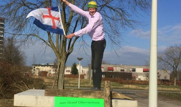 Het vlagvertoon van stadsboer Henk is energiek en aanstekelijk.