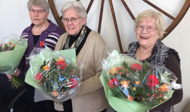 Op de foto vlnr Gerrie Beltman, Riki Semmelink en Hennie Leusink.