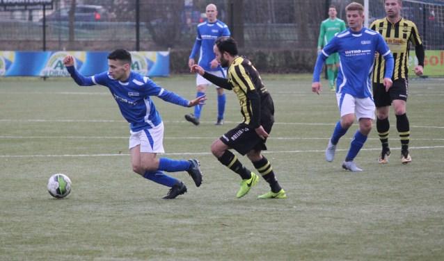 De Merino's kon geen vuist maken in haar uitwedstrijd tegen Sliedrecht. De ploeg van trainer Henne Oostermeijer verloor de partij met 4-0. (Foto: Henk Jansen)
