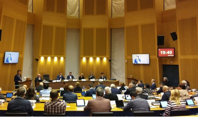 De gemeenteraad van Helmond bijeen. Foto: Henk van Dijk.