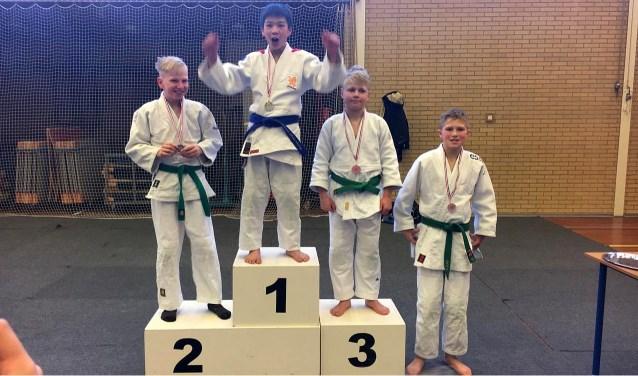De jonge Losserse judoka's beleefden een goede dag in Sleen. Er werd flink gejudood en de deelnemers zetten goede wedstrijden neer.