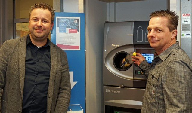 Maarten Jansen, eigenaar van deze supermarkt, heeft toegezegd het opgehaalde bedrag te verdubbelen.