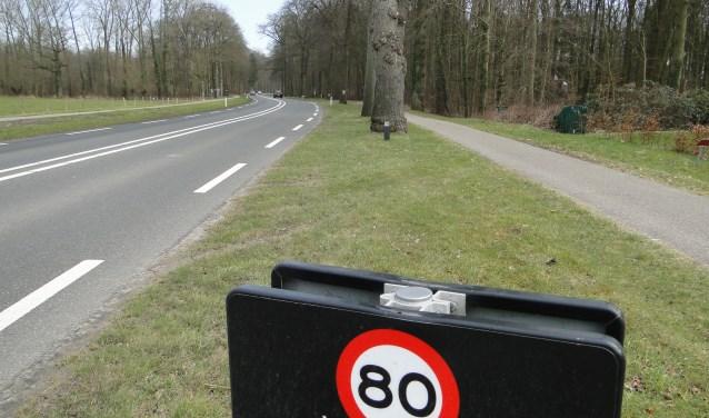 Op de Valkseweg is het regelmatig mis. De weg heeft zelfs landelijk een slechte naam.