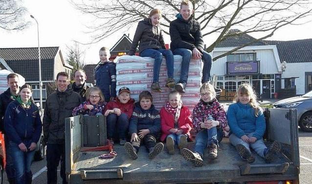 De kinderen gaan op zaterdag 11 maart weer op pad met de potgrondactie. Voor de tiende keer alweer.