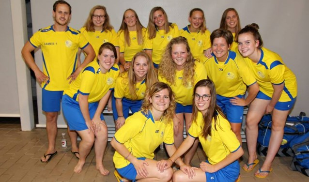 De polosters van Zwem- en Poloclub Nunspeet maken nog kans op de titel.