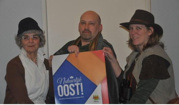 Drie van de vele Leerdammers die in de fictieve geschiedenis van Leerdam-Oost kruipen. Foto: Rob Witteveen