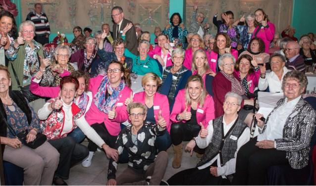 Ouderen en Ladies tijdens het evenement van vorig jaar!