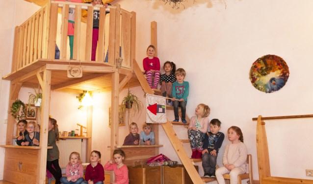 De kinderen waren dolblij met het prachtige speelhuis