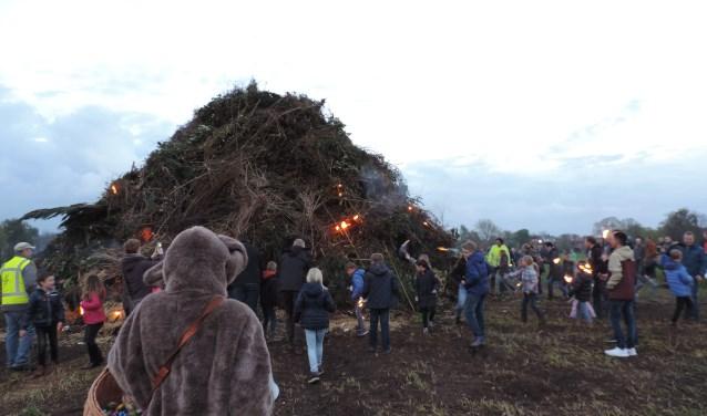 Ook in Eefde wordt dit jaar weer het paasvuur ontstoken.