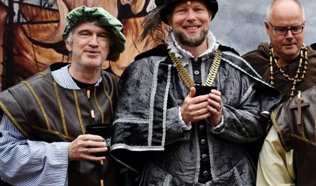 Jeroen de Man als burgemeester Koekebakker, zoals hij op 1 april te bewonderen is. FOTO: Privé-archief