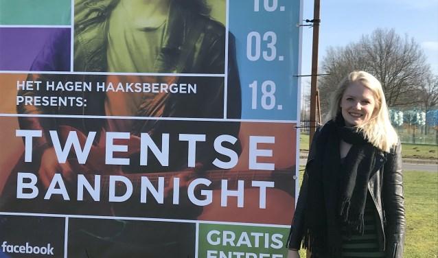 """Natalie Bergsma organiseert de tweede editie van de Twentse Bandnight, die zaterdag wordt gehouden in zalencentrum Het Hagen. """"Omdat muziek nu eenmaal mijn grote passie is en ik het leuk vind allerlei dingen te organiseren."""""""