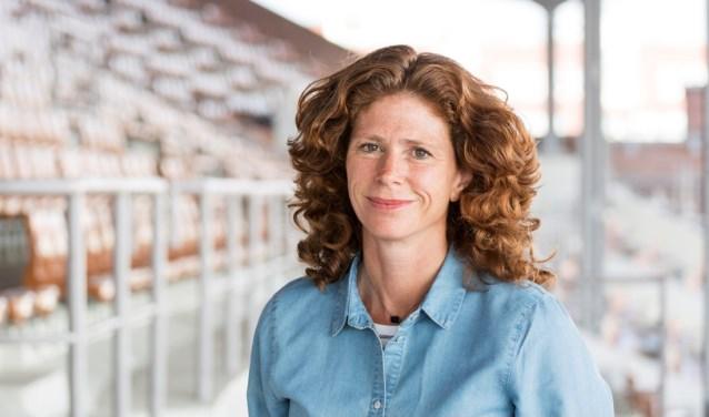 Barbara Barend ontvang de Jillis Bruggeman Penning.