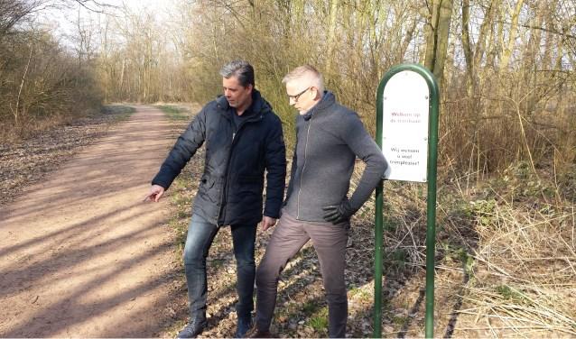 Initiatiefnemers Cerano Bakker en Willem Booij kandidaat raadslid EVB.