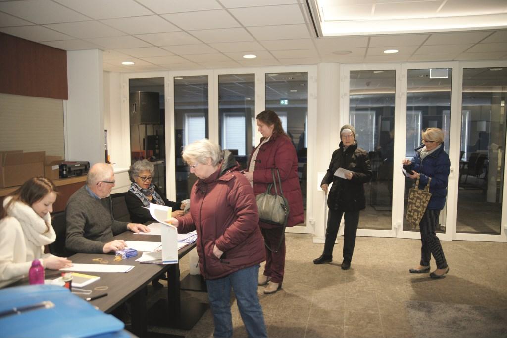 Het stembureau in het Westervoortse gemeentehuis.