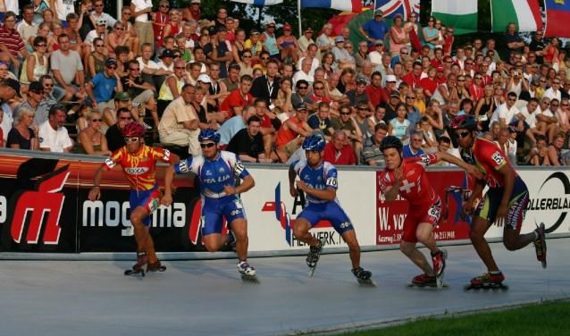 Het EK skeeleren in 2007 was het eerste internationale evenement op het skeelercomplex in Heerde. Dat leverde spectaculaire sport en bomvolle tribunes op.