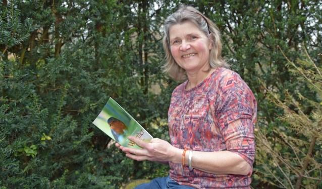 Ellen Driebergen toont trots haar novelle over het jongetje Werther