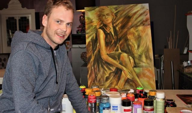 Marvin Vorstenbosch is, zo stelt hij, een autonoom kunstenaar die een fijne en inspirerende plek heeft gevonden om te schilderen bij TUF in Den Dungen. Foto Wendy van Lijssel