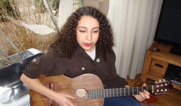 Samira Serghini (16)  © Persgroep