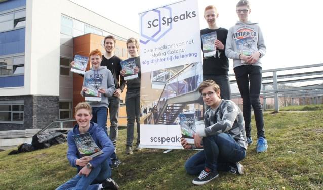 De redactie SC Speaks is trots op hun special. Vlnr: Chris Groot Wassink, Allard Broersma, Kamiel Fokkink, Tristen Braakman, Selle Oonk, Harmer Mulder en Tycho Wuestman.